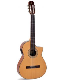 Классическая гитара Admira JuanitaEC