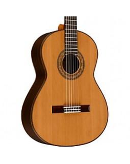 ALVAREZ AC460U Гитара классическая